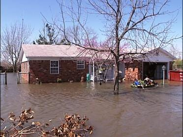 Residents: Flooding Could Be Avoided