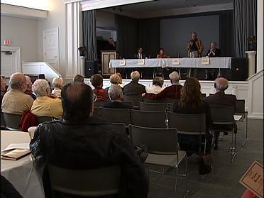 Forum Held To Discuss Streets