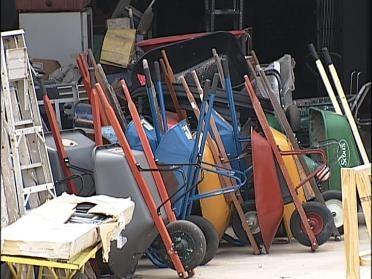 ReStore Recycles Building Materials