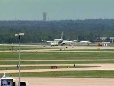 American Airlines Jet Makes Emergency Landing
