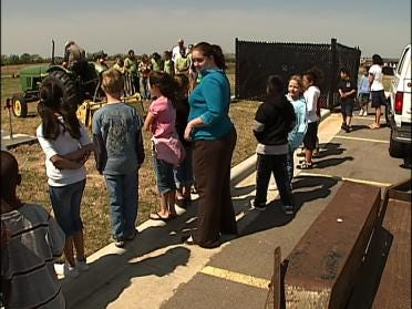 Students Celebrate Tractor Day