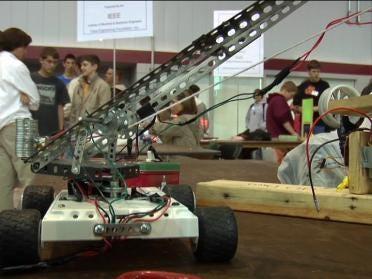 Future Engineers Show Off In Challenge