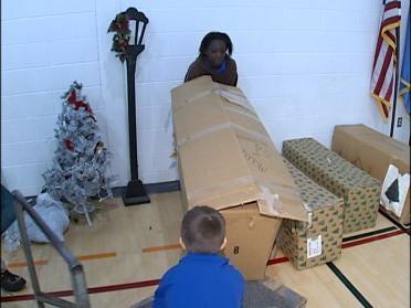 Tulsa Business Spreading Christmas Cheer