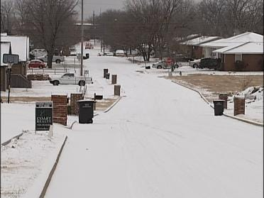 Bartlesville Snow Doesn't Stop Coffee Tradition