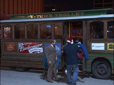 Oilers, Trolley Team Up For Tulsans