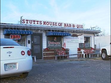 Stutts BBQ Delivering Cheer For Holidays