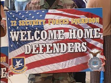 Soldiers Return To Oklahoma