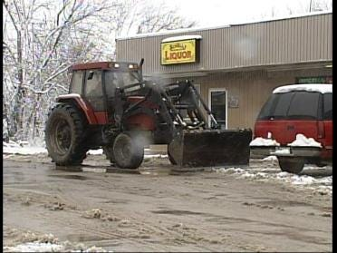 Areas North Deal With Heavy Snowfall