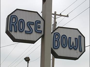 Rose Bowl Seeking A Turnaround