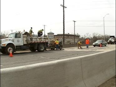 Repairs Close Part Of BA Expressway
