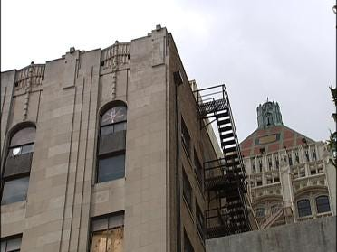 Some Pushing Change To Tulsa Club Building