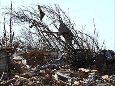 Family Of 7 Survives The Tornado