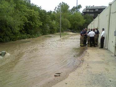 Water Leak Floods Businesses
