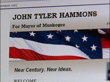 Young Mayor Attracting Spotlight