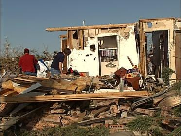 FEMA Offering More Help For Tornado Victims