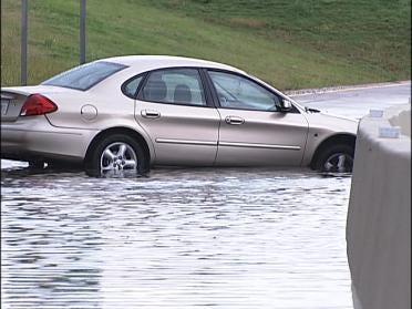 Heavy Rains Brings Street Flooding