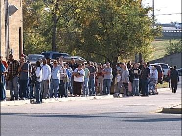 Early Voting Draws Large Crowd