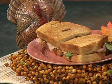 Grilled Turkey And Brie Sandwich With Cranberries