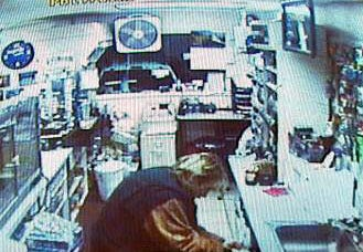 Mini Stop Thieves Caught On Tape
