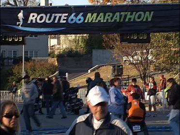Runner Collapses And Dies During Marathon