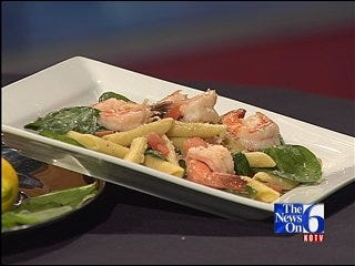 Garlic Shrimp Florentine with Penne Pasta