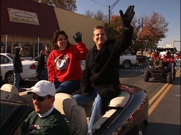 Jenks Parade Kicks Off Holidays
