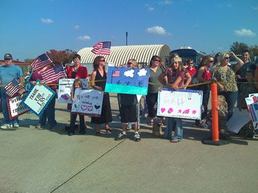 Fighter Wing Returns Home