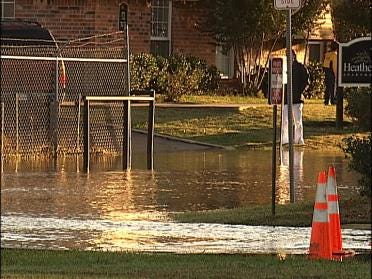 Water Line Break Leaves Lots Of Damage