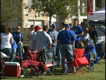 TU Fans Cheer Team To Victory