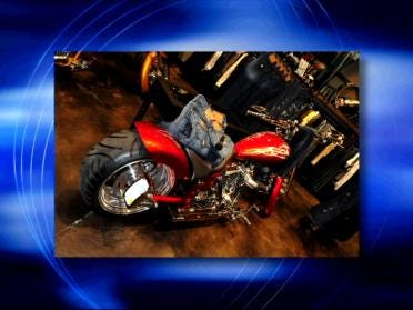 Crooks Take Choppers From Clothing Store