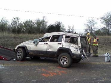 Jeep Rolls 4 Times Injuring Sand Springs Family