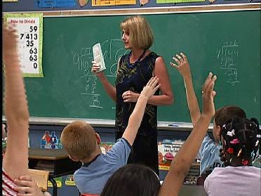 State House Approves School Deregulation Bill