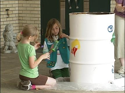 Girl Scout Plant Trees At Tulsa School