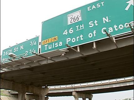Oversized Load Damages Tulsa Highway Sign