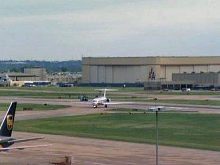 Indicator Light Prompts Jetliner To Land In Tulsa