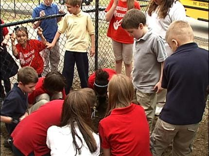 Tulsa Students Learn The Impact Of Trash