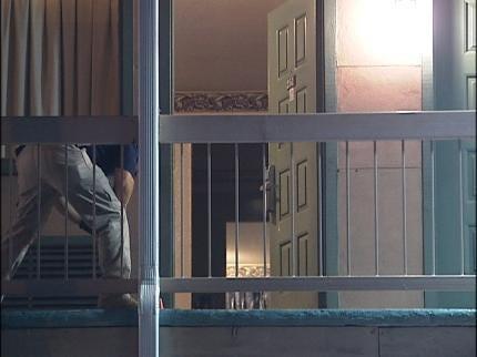 Man Shot Overnight Outside Of A Tulsa Hotel