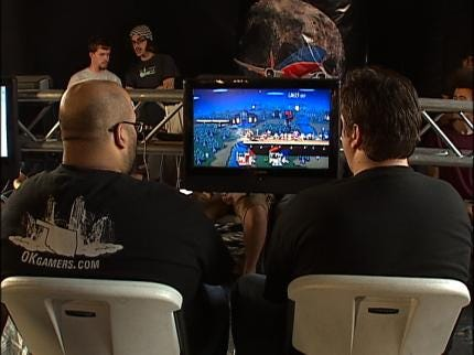 Gamers Battle It Out During Midnight Gaming Championship
