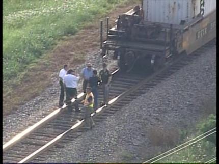Teen Killed After Being Hit By Train Near Sand Springs