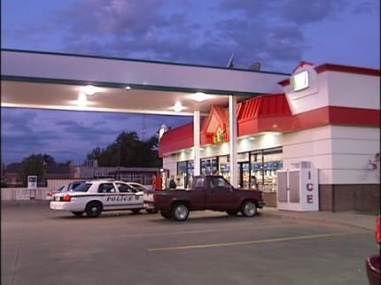 Employees Foil Armed Robbery At Tulsa Sinclair Station