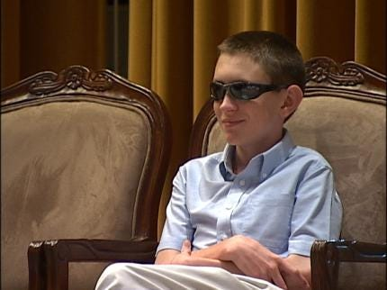 Teen Shares Inspiring Story With Shriners And Students