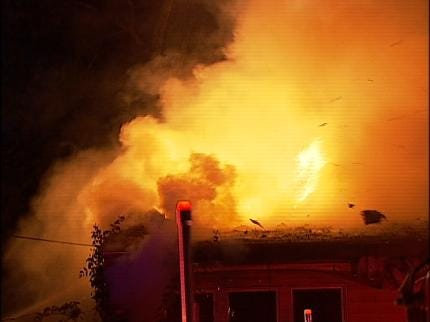 Family Homeless After Overnight Tulsa Fire