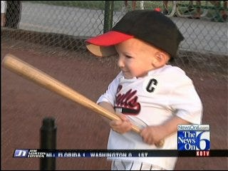Little Giant Throws 1st Pitch At Bulls Game
