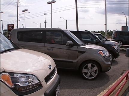 Tulsa Dealers Worry About Clunker Reimbursement