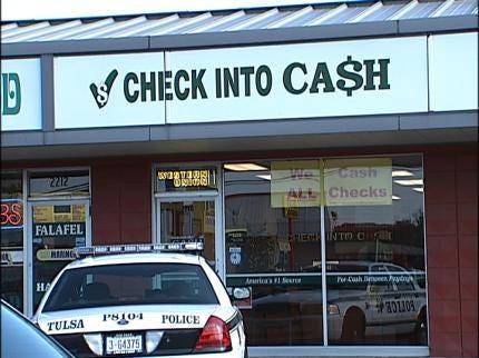 Tulsa Check Into Cash Center Robbed