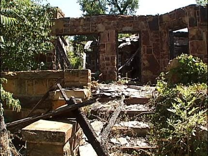 West Tulsans Fight To Clear Overgrown Property