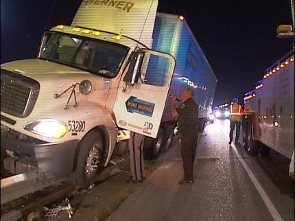 54-Year-Old Moore Man Dies On Tulsa Highway