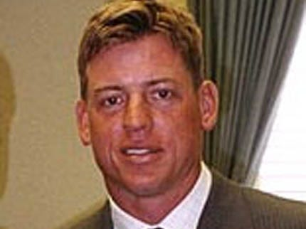 Troy Aikman Completes College Classes