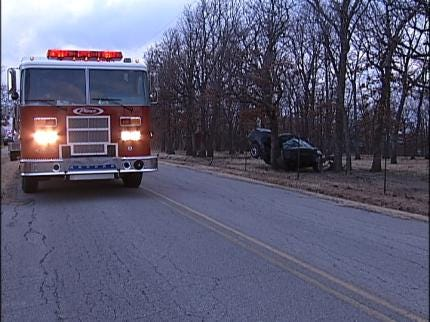 Driver Dies After Hitting Tree Near Bixby