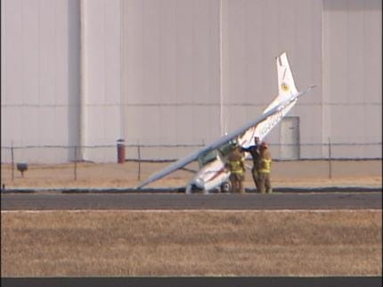 Small Plane Accident At Tulsa's R.L. Jones Jr Airport